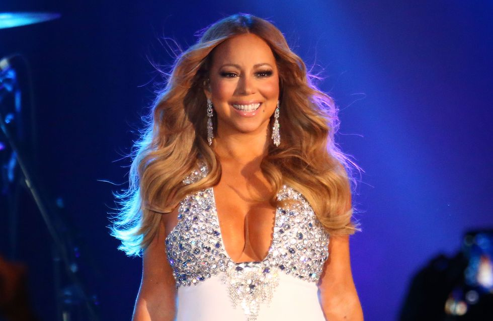 Mariah Carey sublime naïade en bikini doré (Photo)