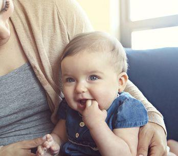 Baby Körpersprache richtig deuten: So verstehst du, was dein Kind dir sagen will