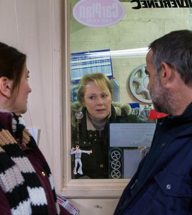 Coronation Street 18/1 - Angry Carla vows to confront Robbie