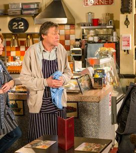 Coronation Street 22/1 - Tracy faces some difficult questions