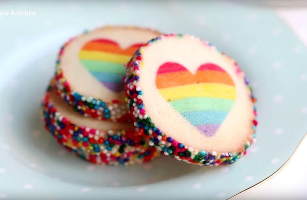 Wow! Ihr müsst unbedingt sehen, wie diese Regenbogen-Kekse gemacht werden