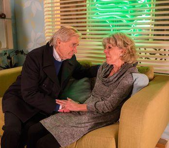 Coronation Street 27/1 - Audrey makes a heartfelt confession to Ken