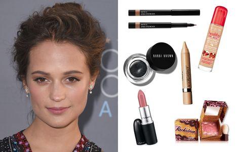 Copia el maquillaje de Alicia Vikander