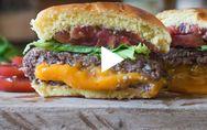 Si tu peux résister à cette recette de burger, c'est que tu n'es pas humain !