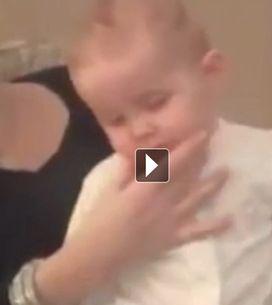 Cette maman a une méthode magique pour endormir son bébé