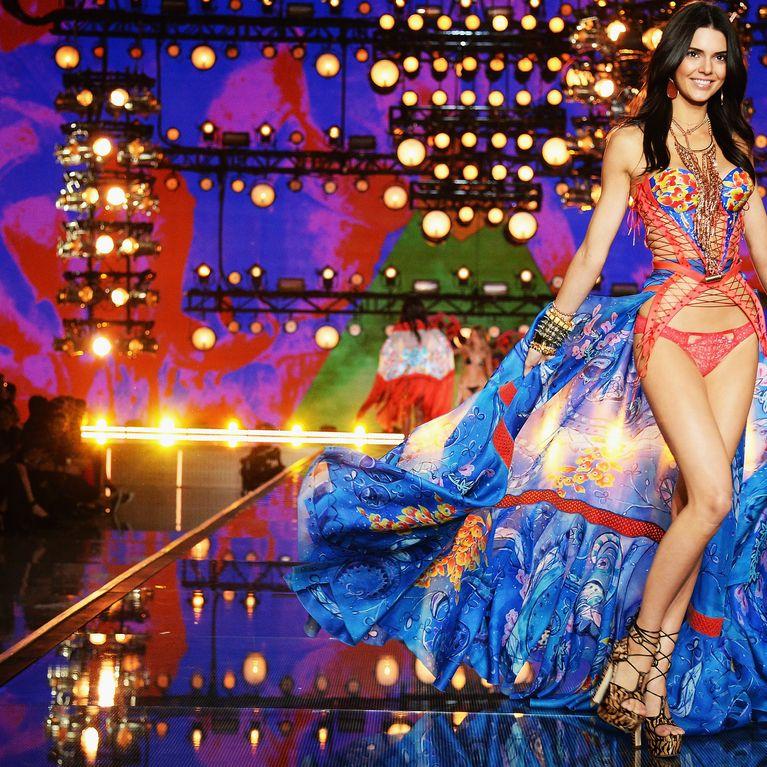 1a6b57bdcb Victoria's Secret : Pourquoi les Françaises sont-elles aussi fans ?