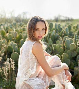 Alejandra Svarc, la diseñadora de vestidos de novia soñados