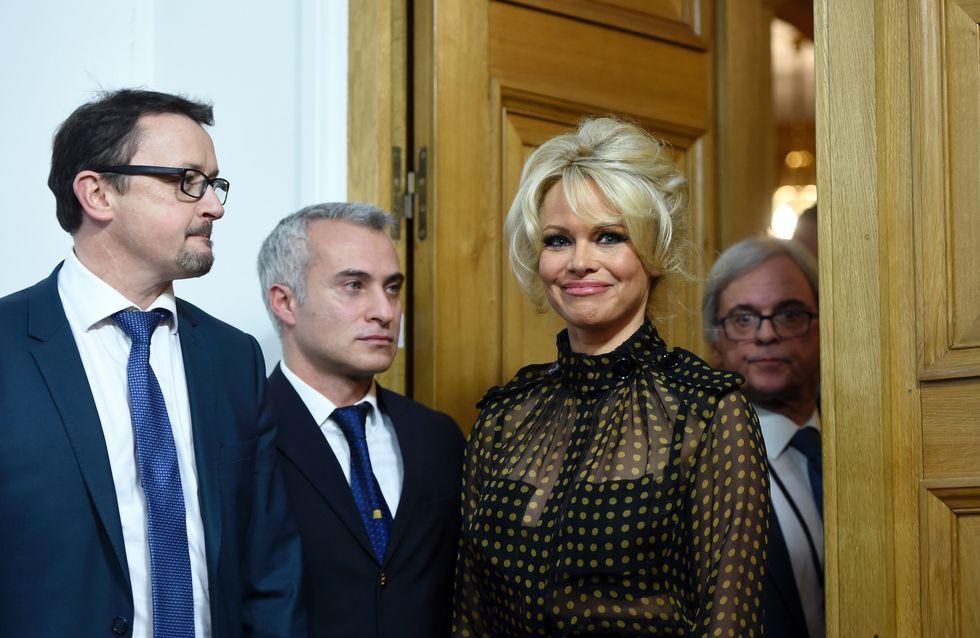 Pamela Anderson pousse un coup de gueule contre les députés français (VIDÉO)