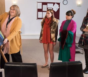 Hollyoaks 3/2 - Darren and Nancy are concerned about Charlie