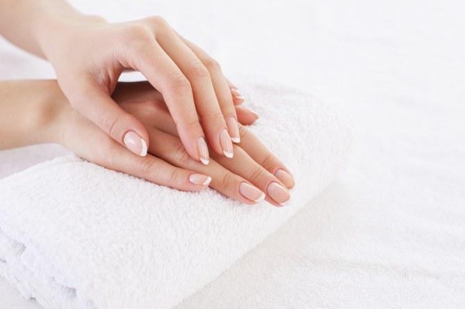 Cuidado de manos durante un tratamiento oncológico