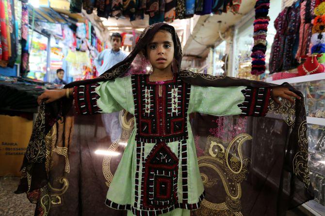 Une fillette iranienne