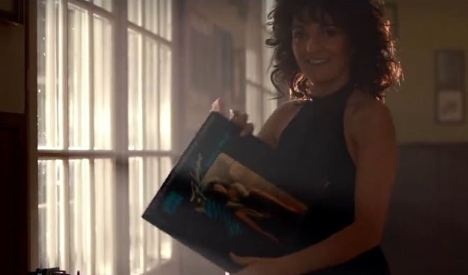 Florence Foresti parodie Flashdance