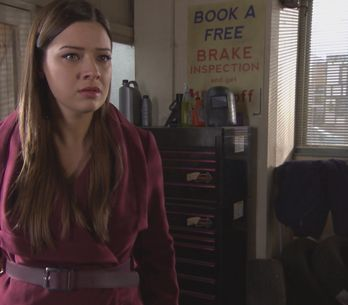 Hollyoaks 10/2 - Freddie is caught by Mac