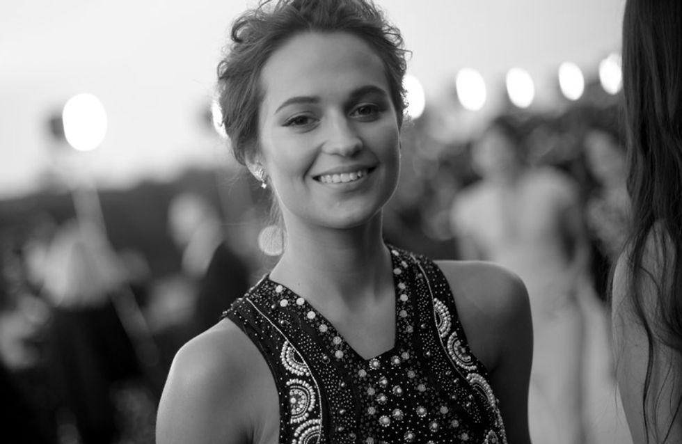 Copia el look de Alicia Vikander en 5 pasos