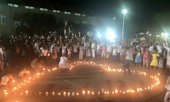 Un hommage à la famille tuée à Pinotepa