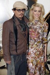 Johnny Depp et Amber Heard en 2011 lors de la promo de Rhum Express