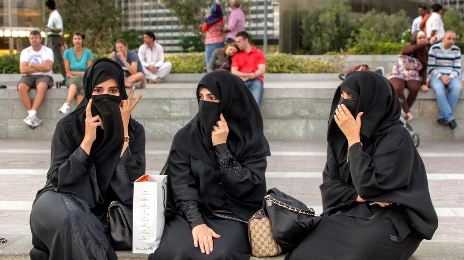 Prohíben la entrada a mujeres en un Starbucks de Arabia Saudí