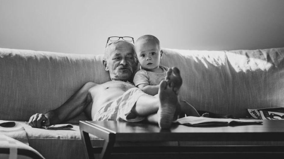 Queste 23 foto mostrano che l'amore tra nonno e nipote è infinito