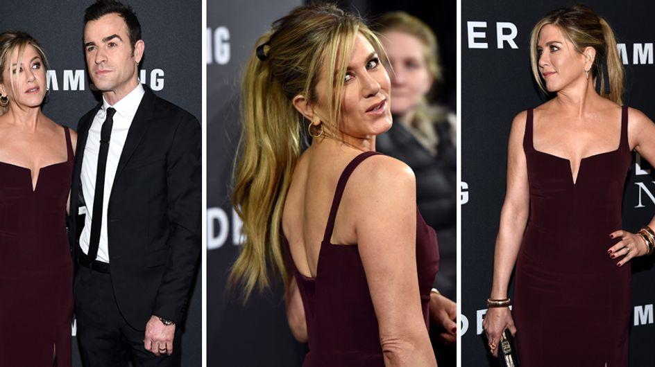 Capelli lunghissimi per la Aniston: ecco le foto del cambio look dell'attrice!