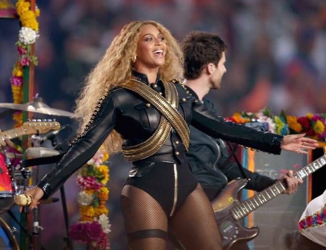 Beyoncé au Super Bowl 50