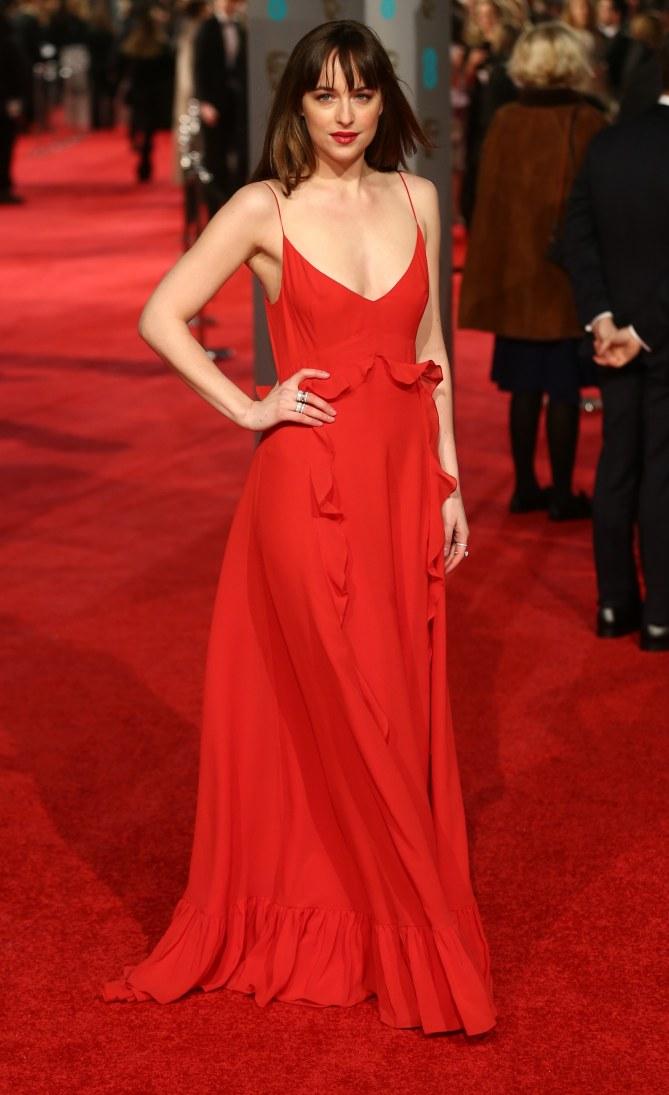 Dakota Johnson en Christian Dior aux BAFTA Awards 2016
