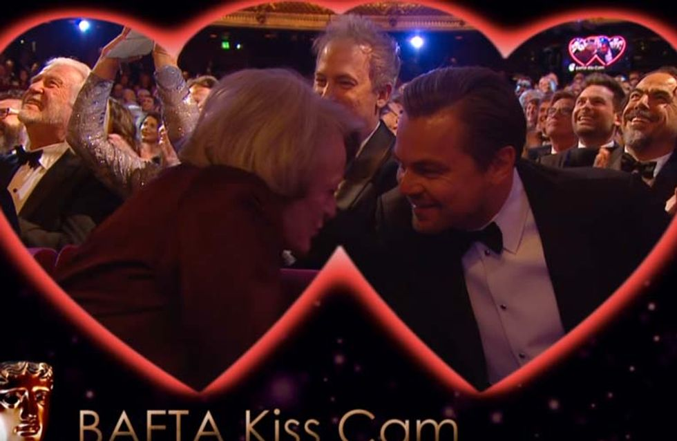 Leonardo DiCaprio Kissed Dame Maggie Smith At The BAFTAs Last Night And It Was Everything
