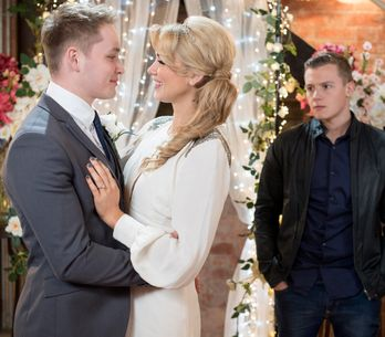 Hollyoaks 22/2 - It's the day of Holly and Jason's wedding