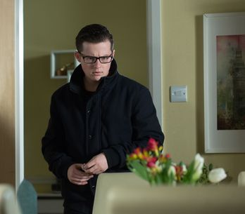 Eastenders 23/2 - A horrified Martin reels from his discovery