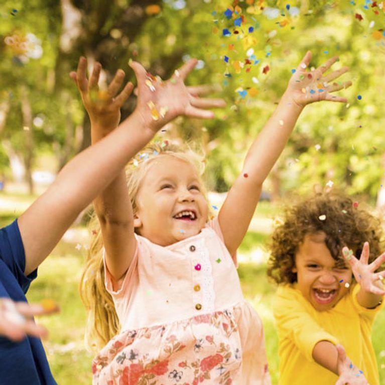 Für Einen Tollen Kindergeburtstag Spiele Für Drinnen Draußen