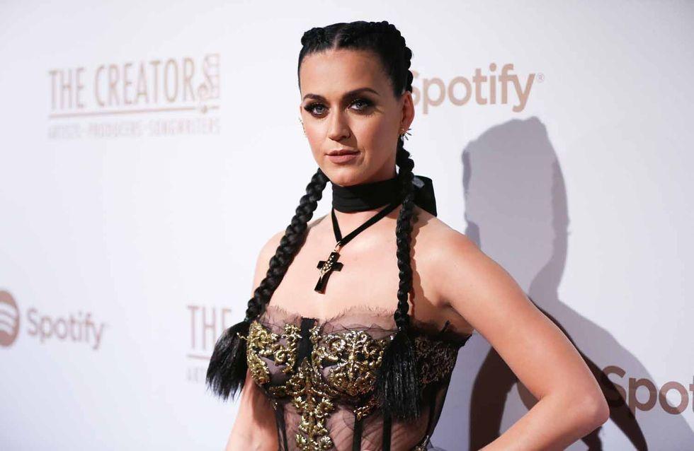 Katy Perry pide guerra con el peor look de la semana