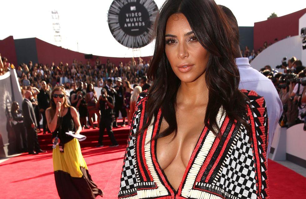 El escote de Kim Kardashian y otras excentricidades de la diva