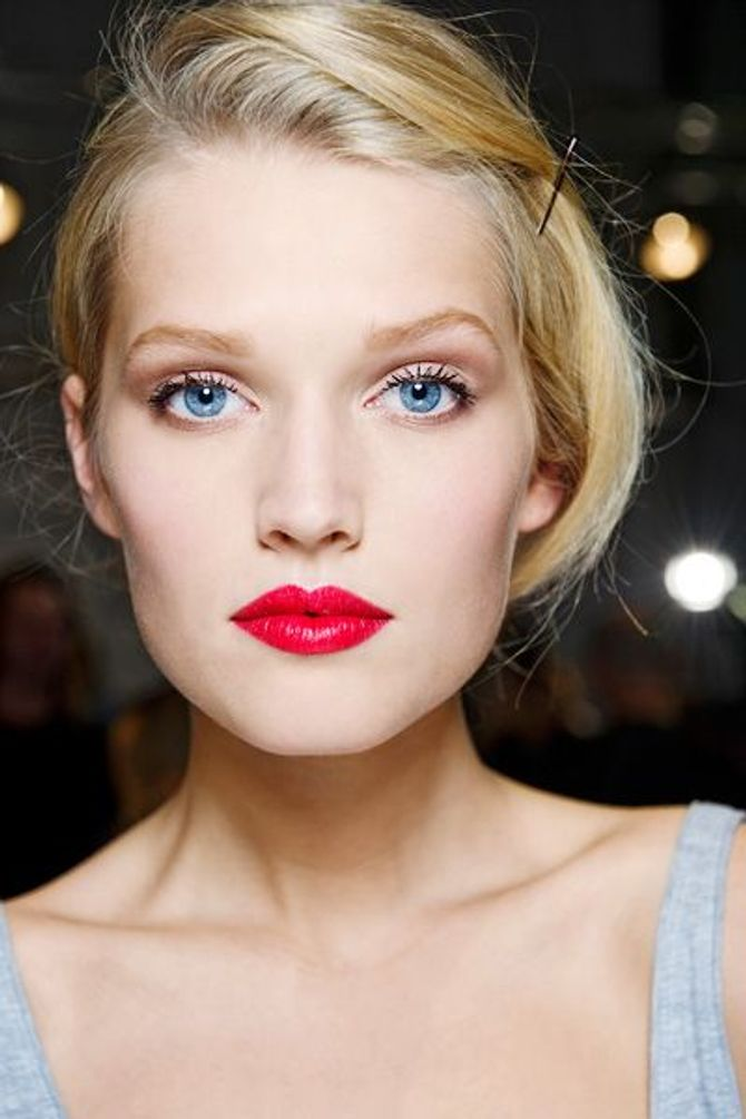 Make-up dewy: come avere una pelle luminosa effetto rugiada