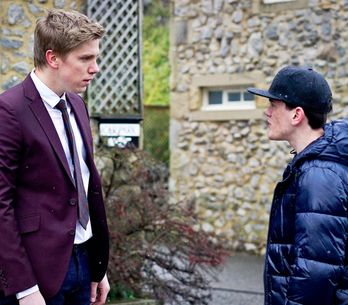 Emmerdale 2/3 - Aaron is suspicious of Robert