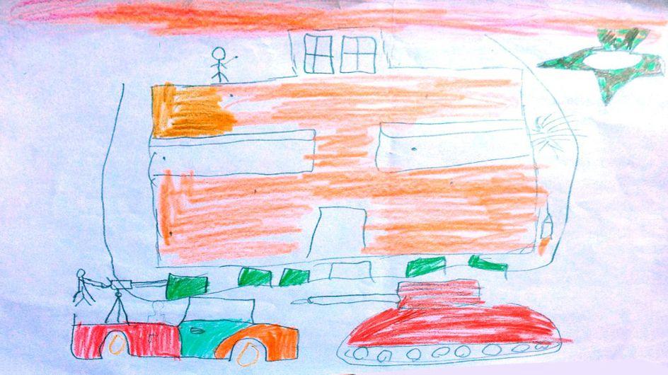 Pris entre les affrontements civils et Daesh, des enfants libyens dessinent la guerre (Photos)