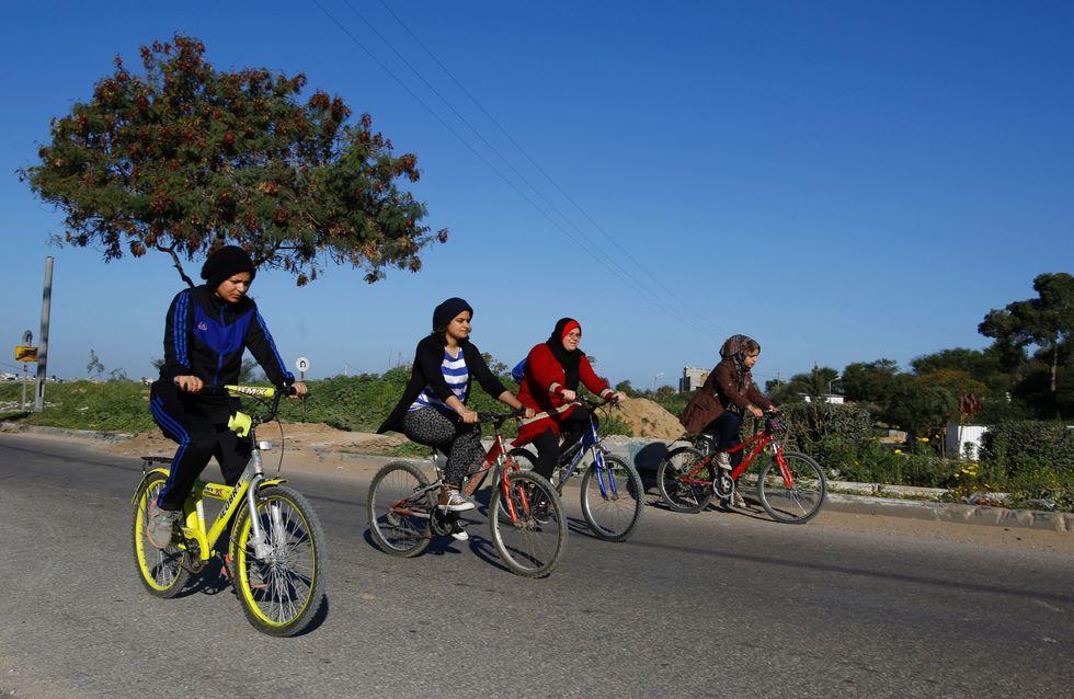 Quatre Palestiniennes à vélo contre l'oppression des femmes (Photos)
