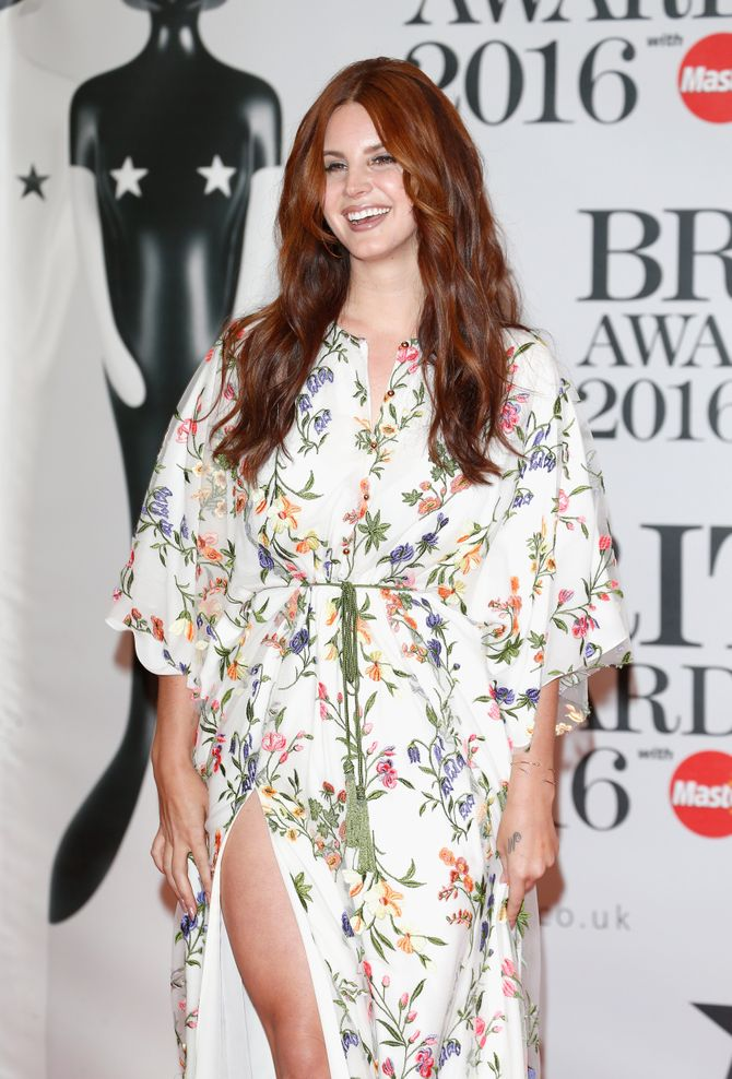 Lana Del Rey aux Brit Awards 2016