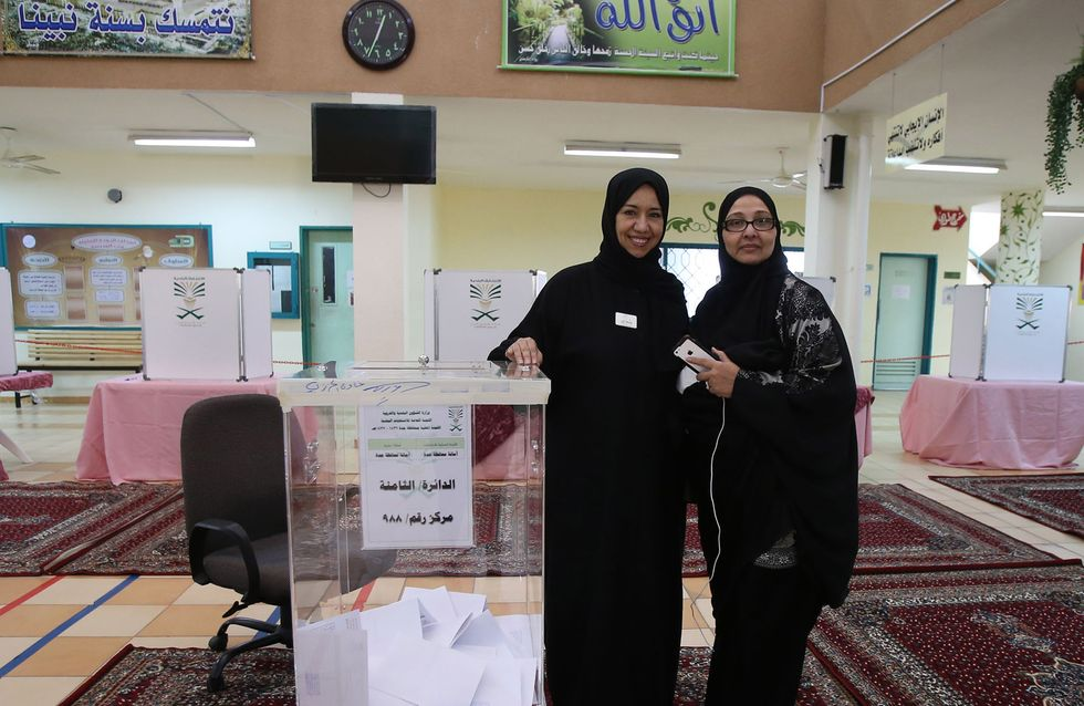 A peine élues aux conseils municipaux d'Arabie Saoudite, les femmes déjà exclues ?