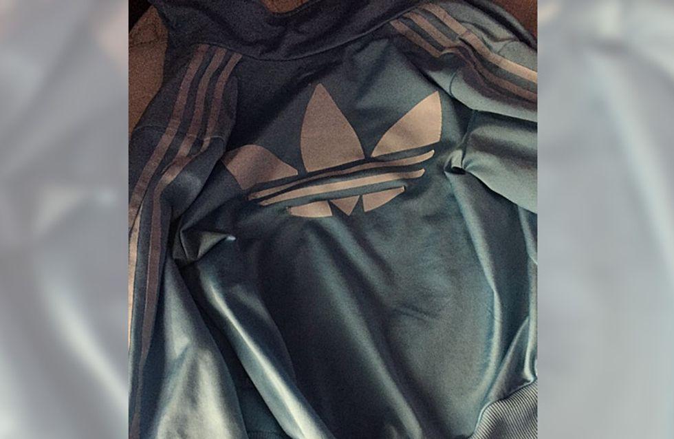 Das Netz steht mal wieder Kopf: Welche Farben hat diese Jacke?