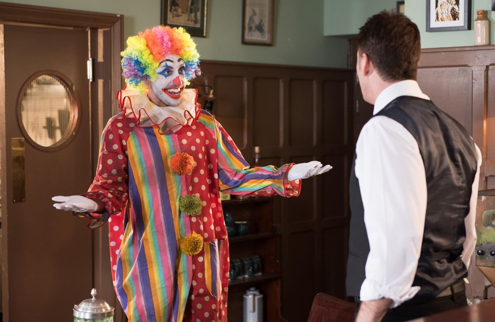 Hollyoaks 11/3 - Diego encourages John Paul to set up an online dating profile