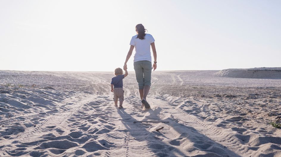 7 modi per proteggere il tuo bambino, dai pericoli in casa al suo futuro