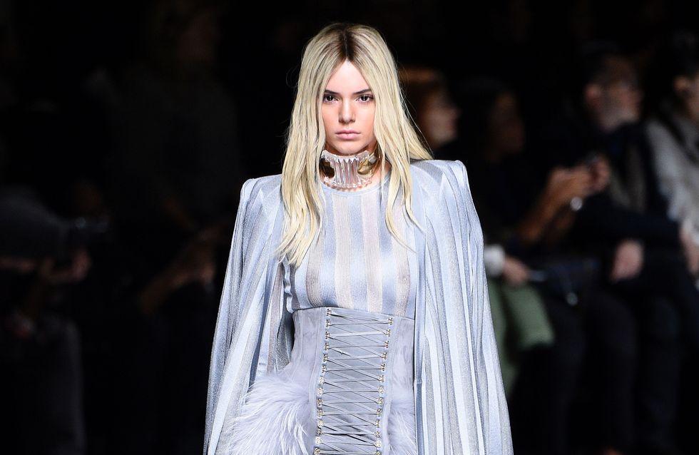 Kendall Jenner, blonde platine pour le défilé Balmain