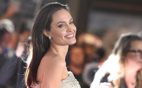 Angelina Jolie (riesgo cáncer de mama hereditario)