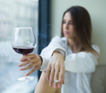 Nur ein Gläschen? Warum gerade wir Frauen mit Alkohol nicht zu leichtsinnig umge