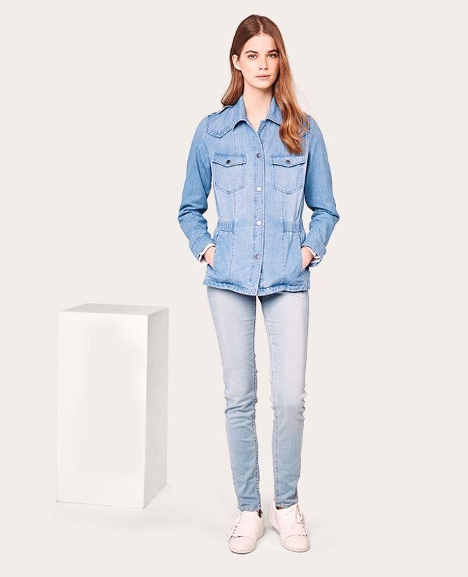 La veste en jean Comptoir des Cotonniers x J Brand, 195 euros