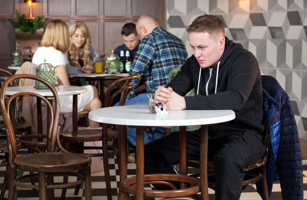 Hollyoaks 22/3 - Simone supports Louis' claims