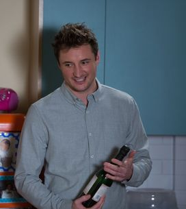 Eastenders 24/03 - Nancy prepares for Ollie's return home