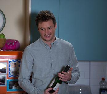Eastenders 24/03 - Nancy prepares for Ollie's return home