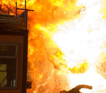 Hollyoaks 29/3 - The emergency services arrive after a car explodes