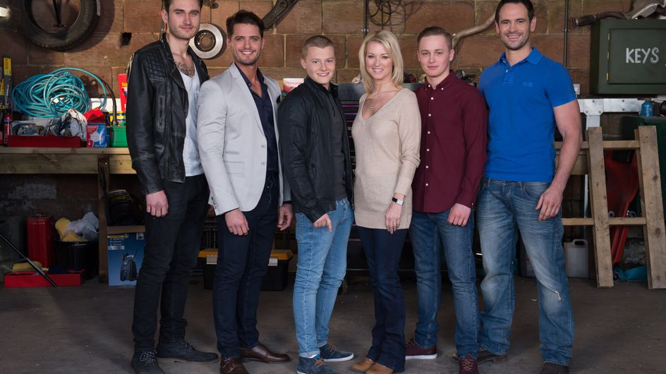 Hollyoaks 30/3 - Freddie turns up at The Dog to ask Ellie on a date