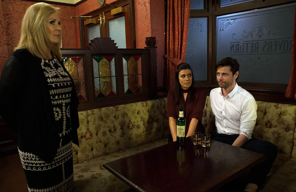 Coronation Street 01/04 - Michelle and Will grow closer